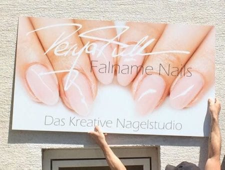 Schilder / Werbefahnen / Banner
